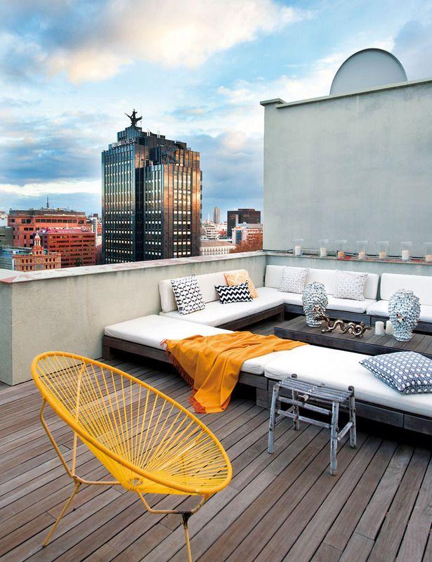 en casa de miguel palacio the roof roof terraces and acapulco chair. Black Bedroom Furniture Sets. Home Design Ideas