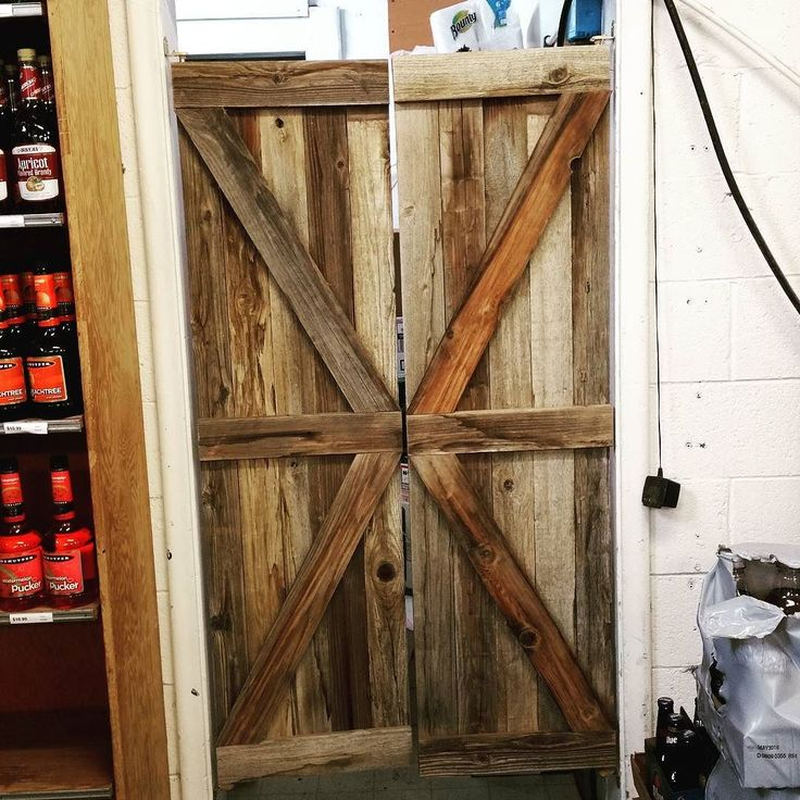 Full Length Cafe Doors : Best ideas about saloon decor on pinterest western