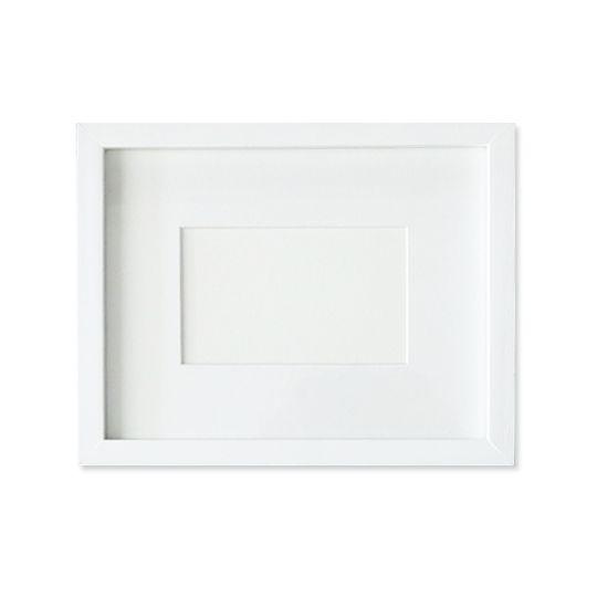 Stylish white box frames in 5 sizes