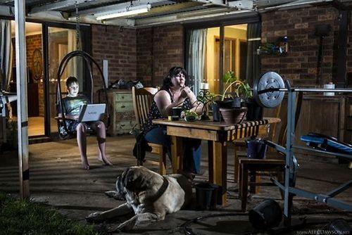 Photographer: Alec DawsonModels: Samantha Todd and her son,...