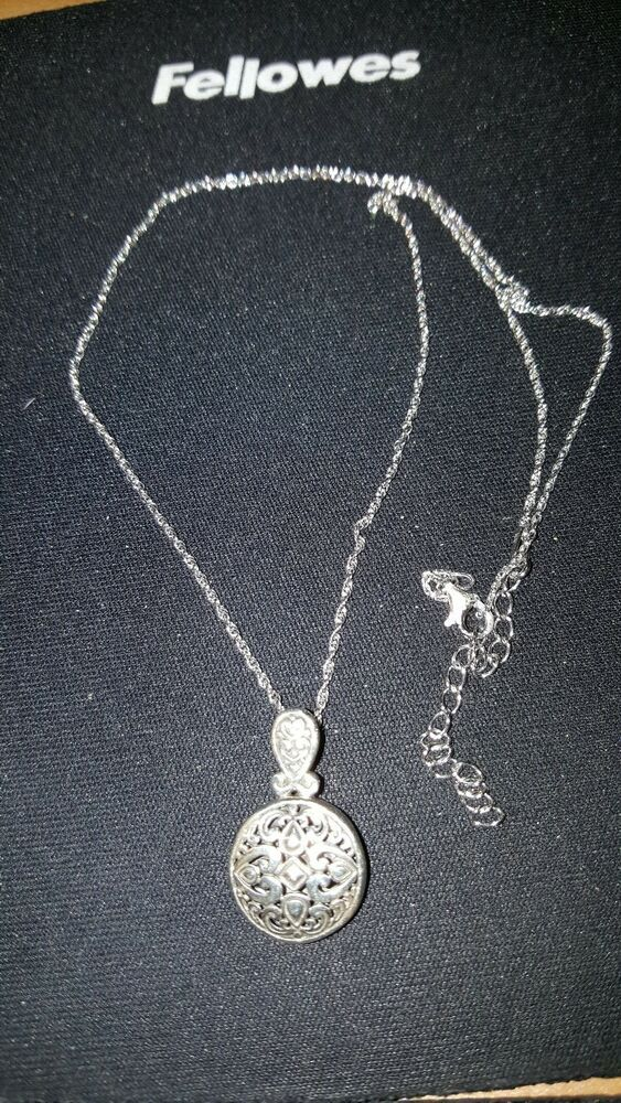 bbebdb67e58d3 ANNIKA WITT Made In Bali Sterling Silver Filigree Necklace and ...