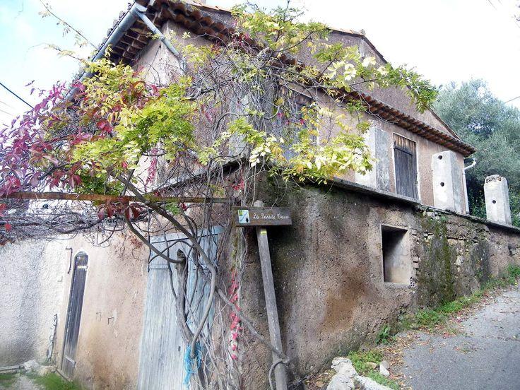 La bastide neuve. La maison que louait la famille de Marcel Pagnol lors de leurs vacances