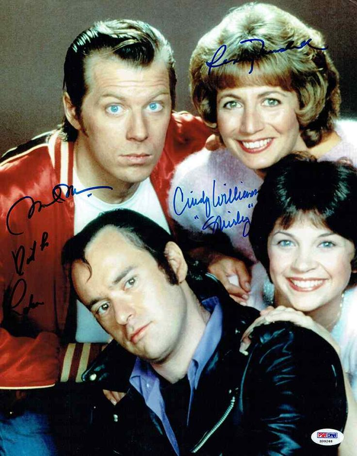 Laverne and Shirley Cast Signed 11x14 Photo Certified Authentic PSA/DNA COA