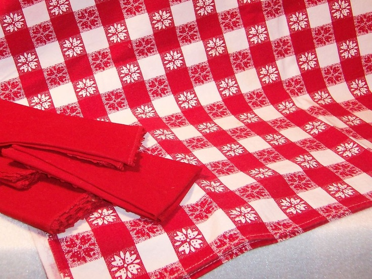 $24 Red U0026 White Gingham Checked Vintage Table Cloth W/ 4 Red Napkins Right  Here