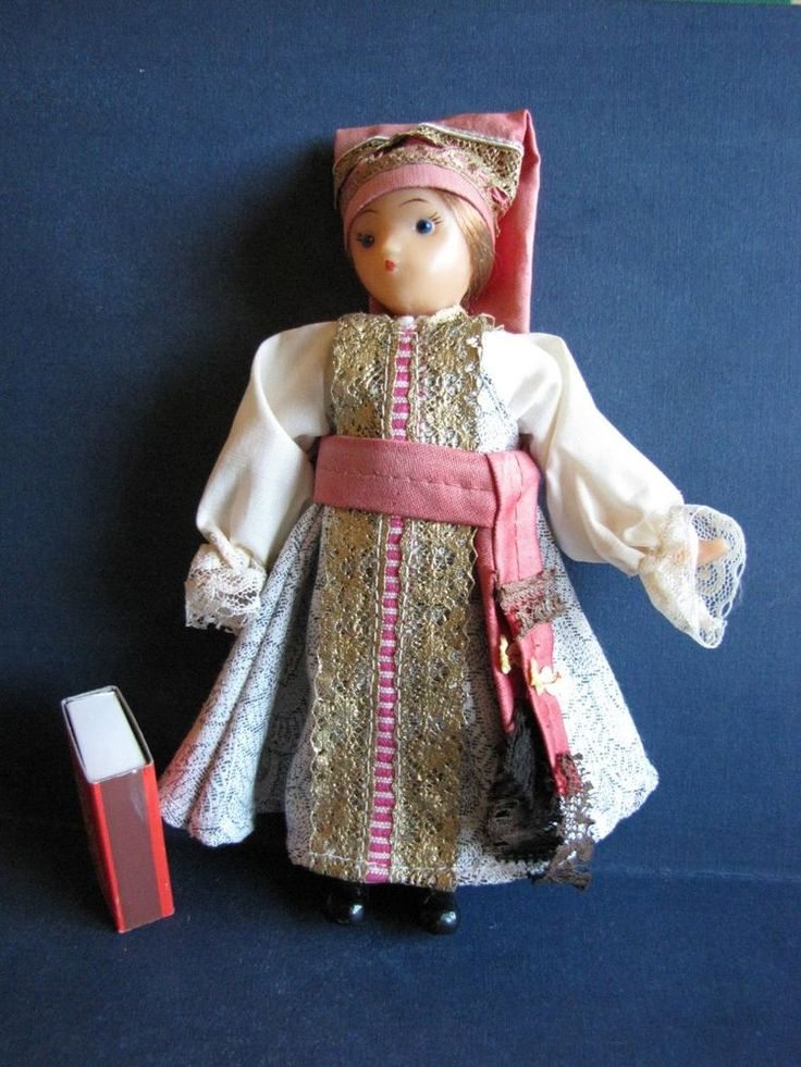 OLD VINTAGE RUSSIAN SOVIET DOLL national costumes Kursk USSR lace plastic 1960s