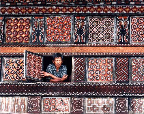 Carvings on a Toraja house