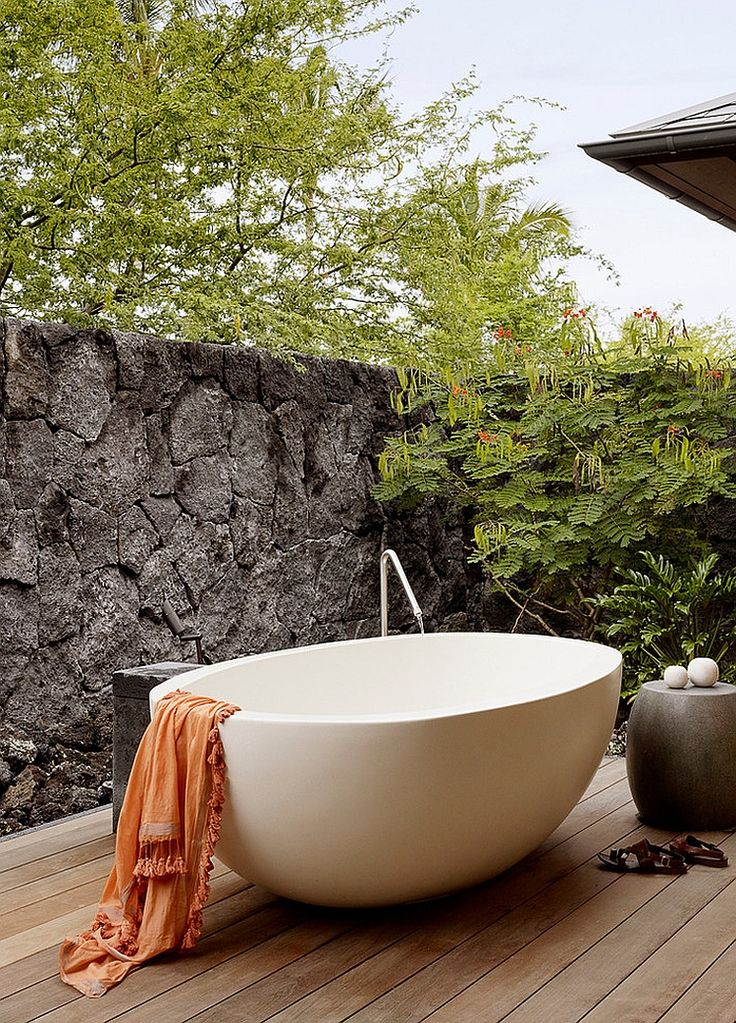 Awesome Websites  Amazing Inspirations that Take the Bathroom Outdoors
