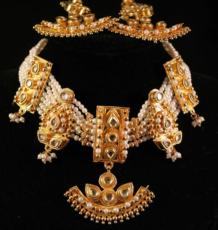 389 best Gold Jewellery images on Pinterest Indian jewelry