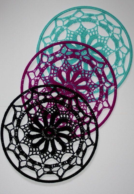 Crochet Earring Holder, Wall Decor by MaKatarinaCorner  #earringholder , #crochetearringholder, #laceearringholder , #walldecor, #crochetdecor, #lacedecor, #bohodecor, #bohodecoration, #doilydecor , #doilyearringdecor, #etsyshop, #etsyseller