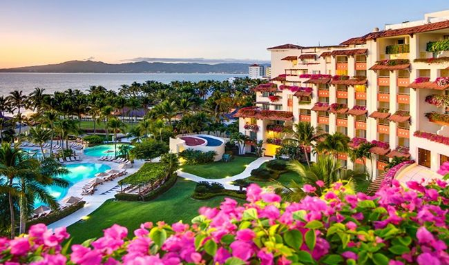Plant-based fare inspired by Mexican, French, and Italian cuisine is now on the menu at the all-inclusive Grand Velas Riviera Nayarit resort in Puerto Vallarta, Mexico.