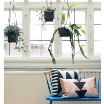 Ferm Living Amppeli, matala   Yrtti- ja kukkaruukut   Piha & puutarha   Finnish Design Shop