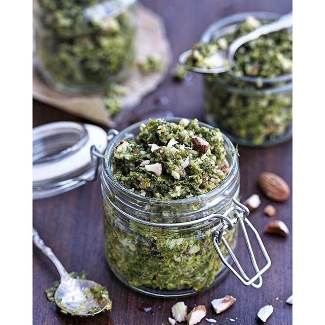 Kale & Almond Pesto With Garlic & Basil