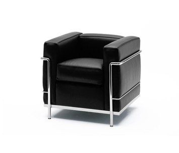 LC2 - Le Corbusier - CASSINA - L76 P70 H67 - finition laque tissu: 2700€ - finition cuir chrome: 4025€ - Chez CASSINA - 236 bd St Germain
