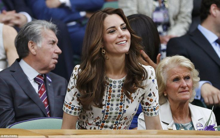 Kate was pictured leaning over to get a closer look of centre court prior to the match beginning