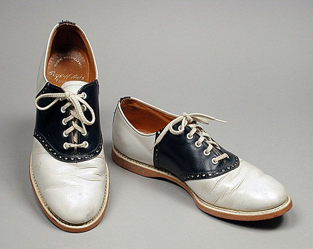 saddles shoes 1940 - every high school girl had a pair