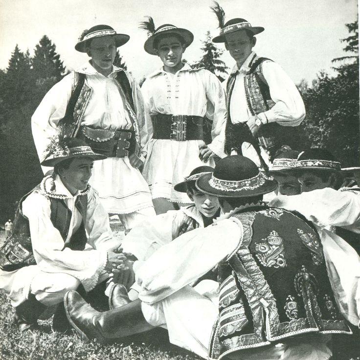 traditional wear