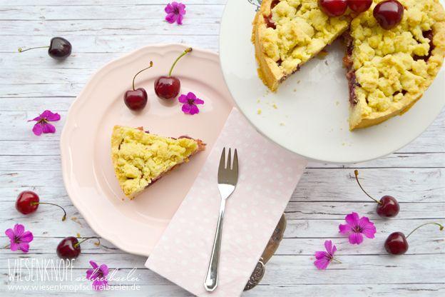 Einfacher & schneller Kirsch-Streuselkuchen mit wenig Zutaten :) Saisonal backen mit Kirschen