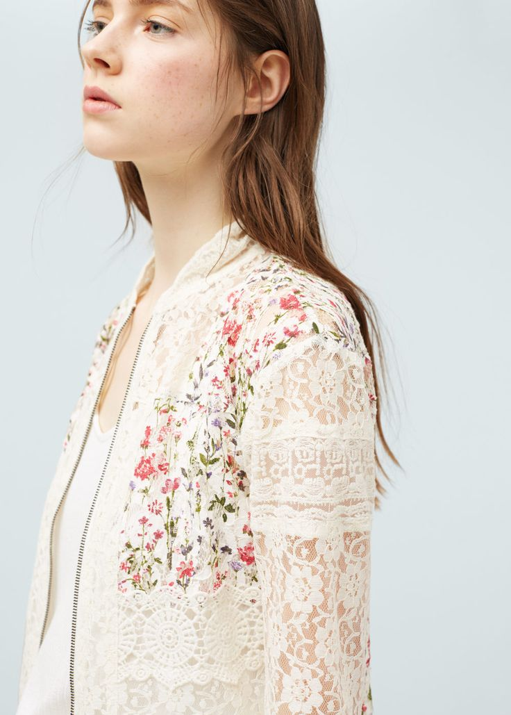 Blond-lace panel jacket | MANGO