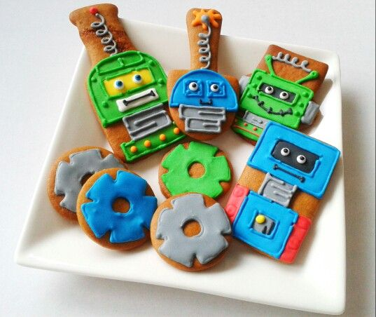 Anyone having a robot theme party?  gingerbreadcorner.com.au
