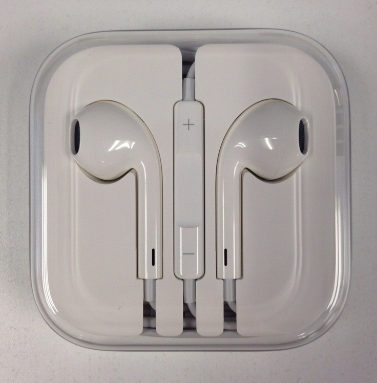 My review of the all-new Apple EarPods:Iphone Fantasy, All New Apples, Originals Apples, Iphone Stuff, Apples Earbuds, Apples Boards, Iphone 5 Retail, Accessories, Apples Earpods Y