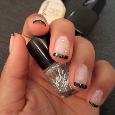 Alternative French Manicure with Glitter