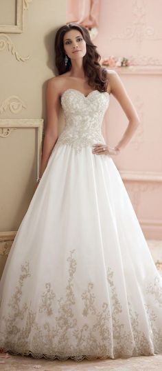 David Tutera for Mon Cheri sweetheart aline wedding dress / http://www.himisspuff.com/sweetheart-wedding-dresses/5/