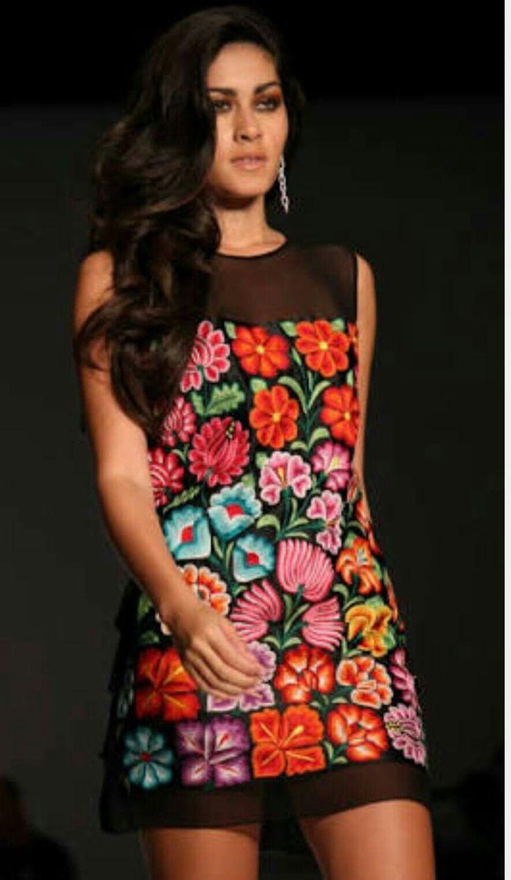 Bordado Oaxaca vestido                                                                                                                                                                                 More