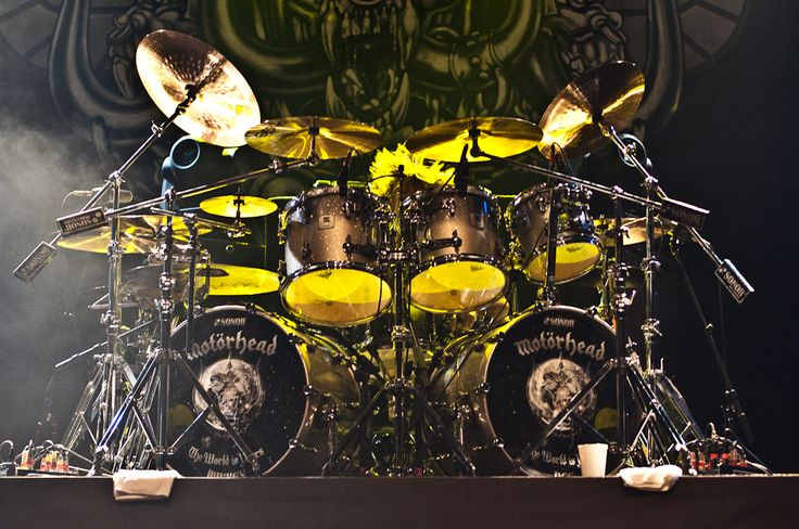 Mikkey Dee with Motorhead. Great kit, but liked his work with King Diamond three-hundred-and-forty-twelve percent better.