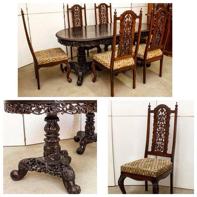 Старинный обеденный стол с удивительной резьбой ручной работы и 6 стульев с высокой спинкойРазмеры стола: 182cm x 91cm. Европа, ХХ век  169 000р #буфеттабурет #bufettaburet #мебель #антиквариат #винтаж #необычнаямебель #красиваямебель #старина #красота #стариннаямебель #предметыинтерьера #дизайнинтерьера #дизайн #интерьер #спб #мск #москва #питер #весна #солнце #порусски #любовь #design #vintage #love #interior #стол #стулья