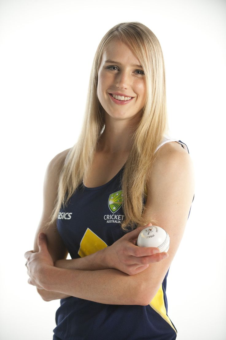 Ellyse Perry - AUS Dual International Sportswoman (cricket and football/soccer)