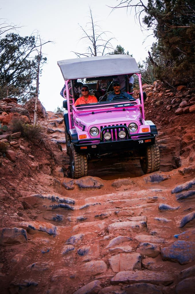 Pink Jeep Tour of Sedona >>> This would be really fun to do for the holidays. I've never spent the holidays in a warm location before! #PinUpLive