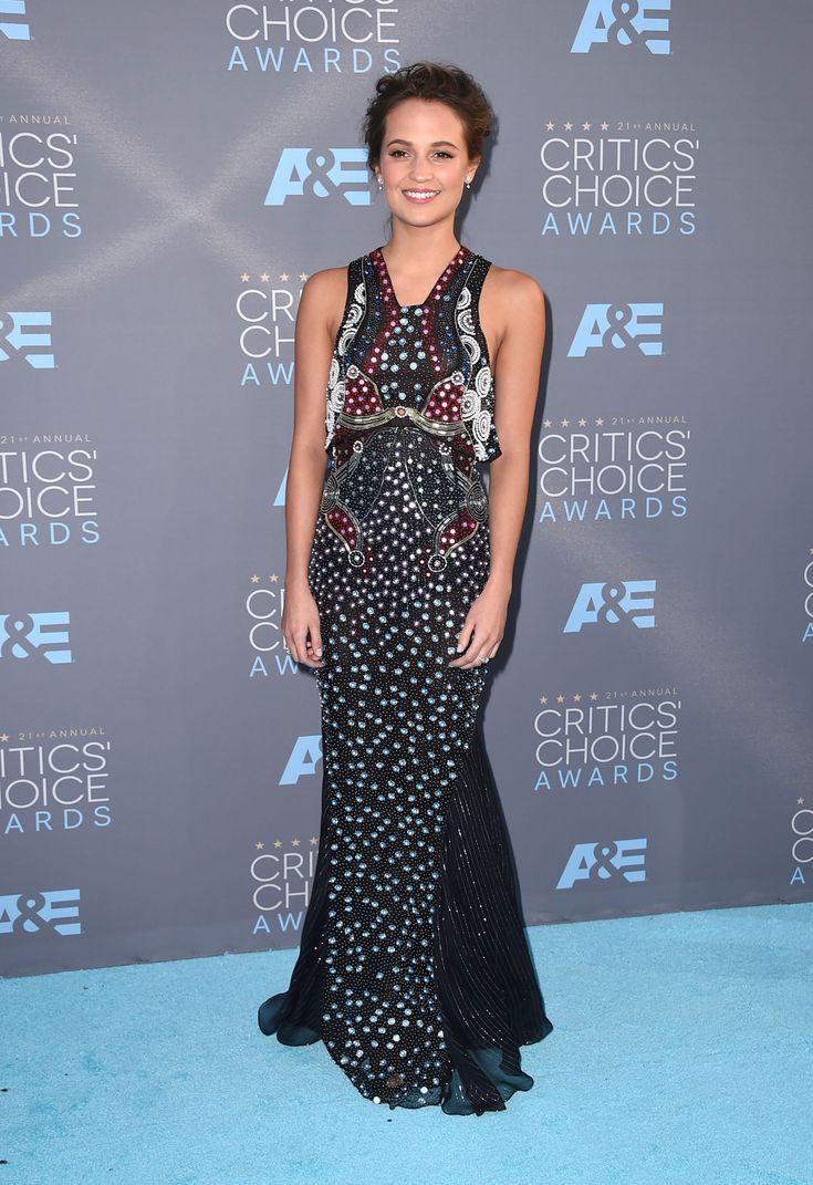Critics Choice Awards 2016 Fashion - Photos from the 2016 Critics Choice Awards Red Carpet