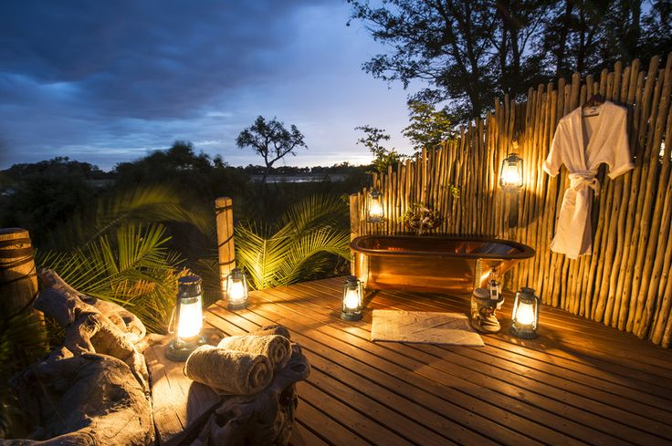 Jacana Camp bathtime in Botswana's Moremi Game Reserve. http://www.uyaphi.com/showcase/best-baths-in-africa.htm
