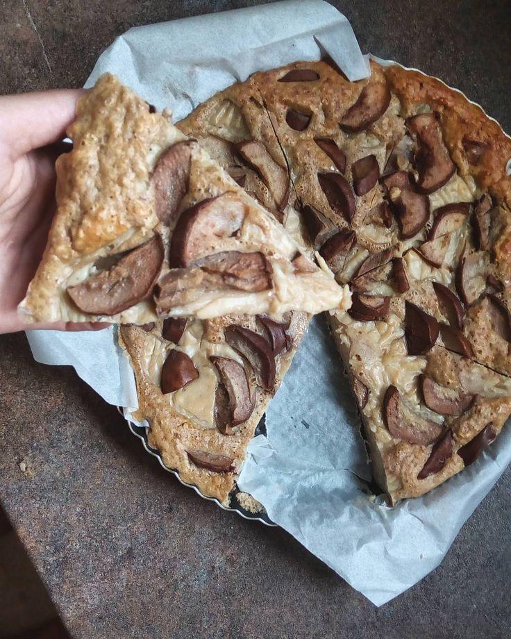 #sompekla 😊 úžasný a povedený zdravý koláč s pudinkem a hruškami 👌 recept?  vše od oka,  ale pokud vám to pomůže,  klidně…