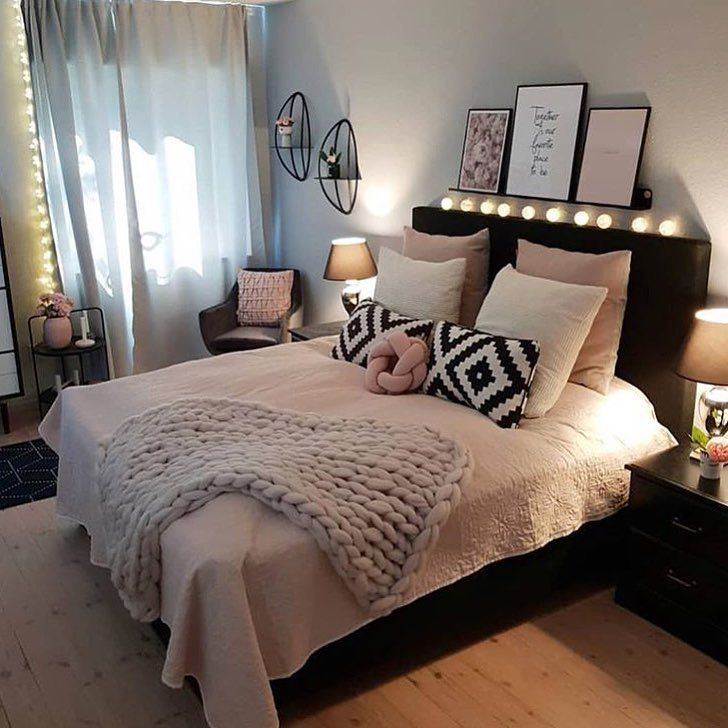 Perfect Decor Set Up Double Tap The If You Like This Too Photo B Bedroom Decor Girl Bedroom Decor Room Decor Bedroom