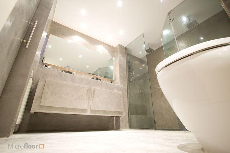 Baño revestido en microcemento Microfloor Línea Classic