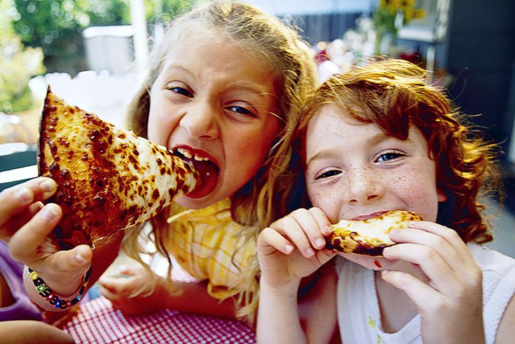 Kids & Fast Food: A new report reveals that the numbers have held steady since the 1990s.