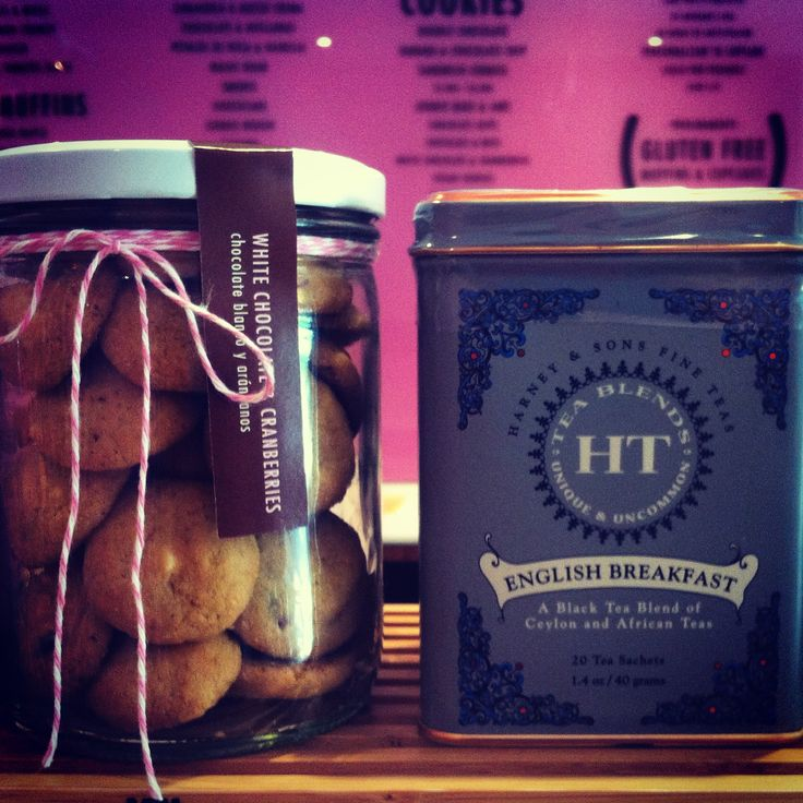 White Chocolate and Cranberries Mini Cookies & Harney and Sons Fine Tea