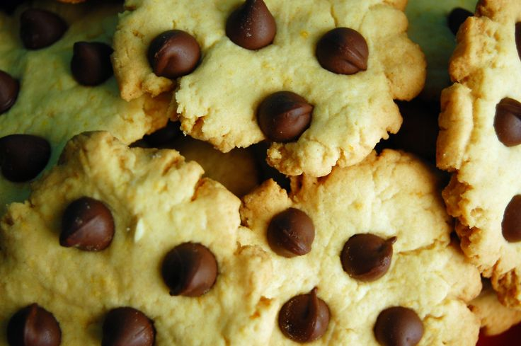 chocolate chips cookies :3
