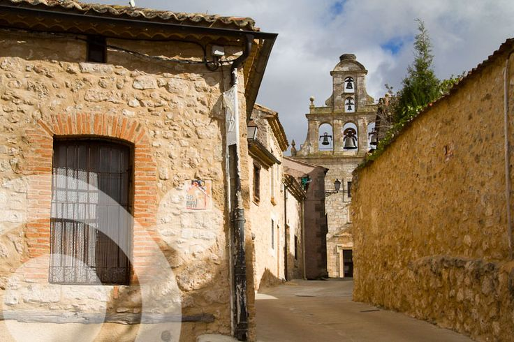 Chuch of #Maderuelo. Find all the information to plan your trip to #Hoces_del_Riaza in www.qnatur.com