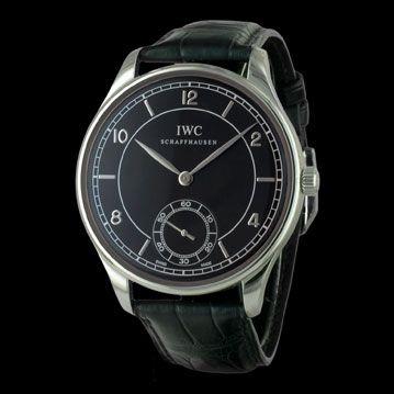 -montre-IWC-Portugaise-Vintage-1939-23874 choisir et entretenir sa montre de l'été/plongée http://lovetime.fr/2013/06/27/les-experts-comment-choisir-et-entretenir-sa-montre-de-plongee/ #lovetime #montre #luxe #cresus
