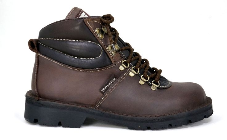 Freestyle Walker Pro Crazyhorse Choc Handmade Genuine Leather Boot.  R 1'299. Handcrafted in Cape Town, South Africa.  Code: 166201. See online shopping for sizes.  Shop for Freestyle online https://www.thewhatnotshoes.co.za/ Free delivery within South Africa.