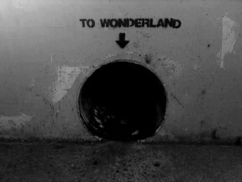 wonderland street art | Artist unknown