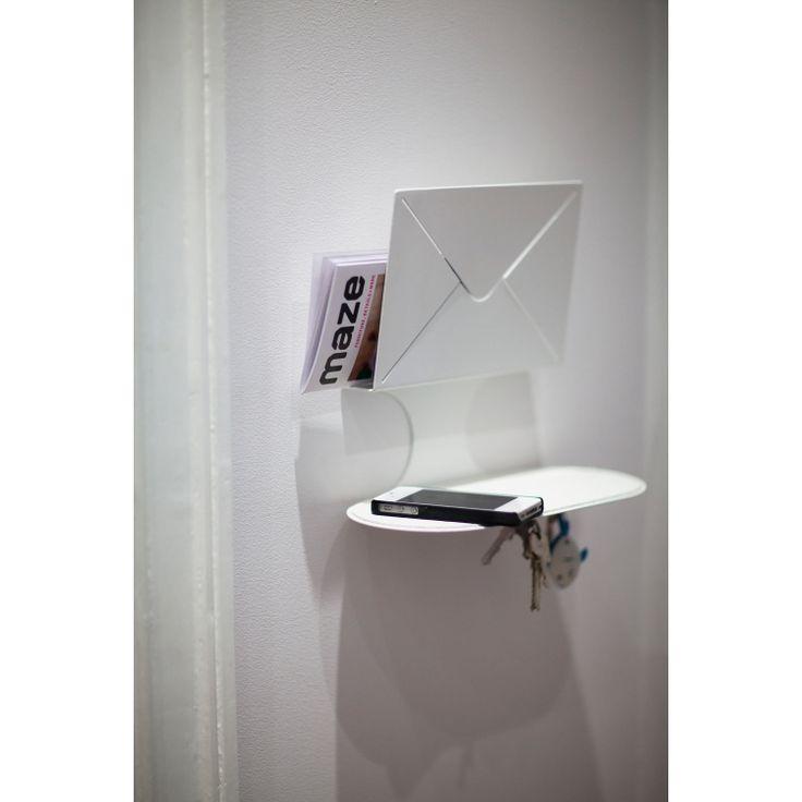 Letter nøkkelhylle Maze - Kjøp møbler online på ROOM21.no