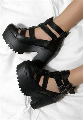MINI+Retro+Chunky+Heel+Buckle+CutOut+Ankle+Boots+Shoes+Black