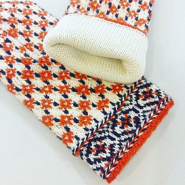 New arrivals- double ethnographic mittens with soft lining Order while we have them: WWW.TINES.LV #mittens #mittenpattern #latvianmittens #knittedmittens #knitmittens #votter #vantar #vottestrikk #mitten #miton #mittenaddiction #mittenlove #orange #doublemittens #doubleknitting #strikk #handarbeit #knit #stickat #strickning #strikkedilla #handknitted #handknit #winter #knitwearshop #knitwear