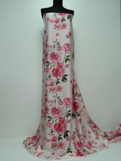 Matase imprimata digital cu trandafiri roz
