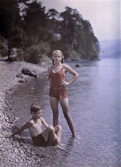 The rocky beach, c 1920-1930. Caption: UNSPECIFIED - MAY 17: Photograph of Paneth�s son and daughter, Heinz and Eva. Austrian Dr. Friedrich �Fritz� Paneth was a chemist by training but his career in Germany was abruptly ended by the accession of the Nazis and he left in 1933. Paneth moved to England and worked at Imperial College and Durham University in the chemistry faculties until 1953 when he returned to Germany. He practised photography all his life. (Photo by SSPL/Getty Images)