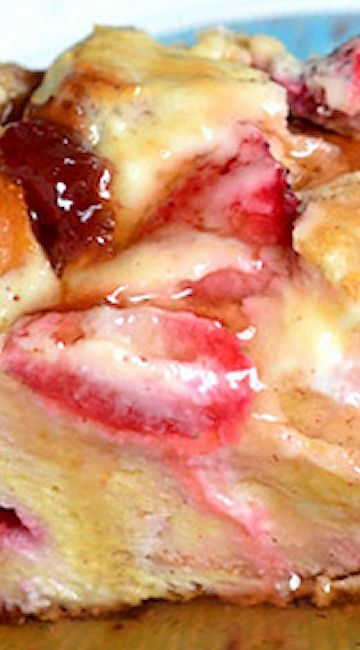 Overnight Strawberry Cheesecake French Toast Casserole #breakfast #recipe #brunch #easy #recipes