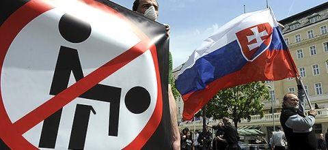 SLOVACCHIA: Referendum anti-LGBT per un paese incerto - a puttane i diritti umani!!!